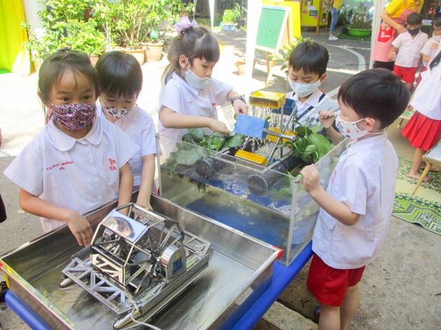 นิทรรศการเรียนรู้วัฒนธรรมศาสนาต่างๆในประเทศไทย  ชั้นอนุบาลปีที่ 3